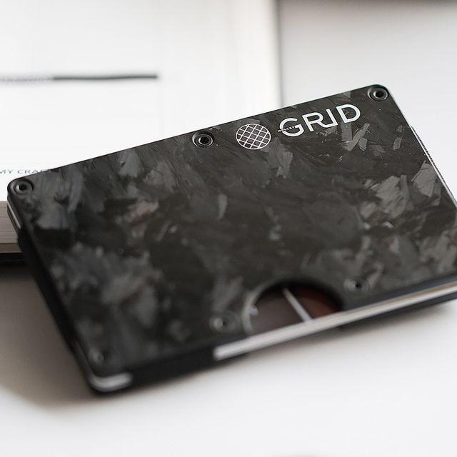 DON-gear-patrol-grid-wallet-full-lead
