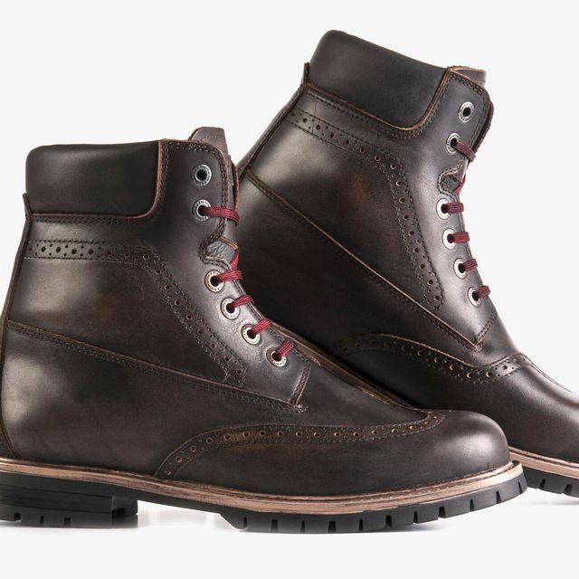 StyleMartin-Boots-gear-patrol-full-lead