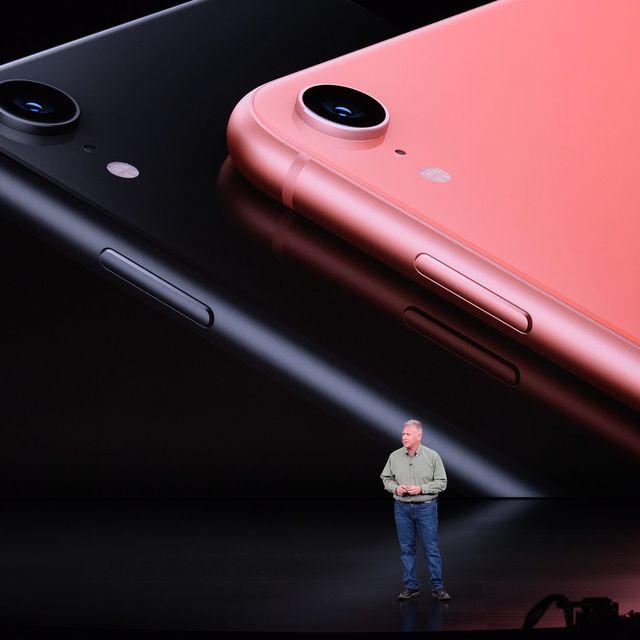 Apple-Event-LIVE-iPhone-XR-Gear-Patrol-Lead-Full