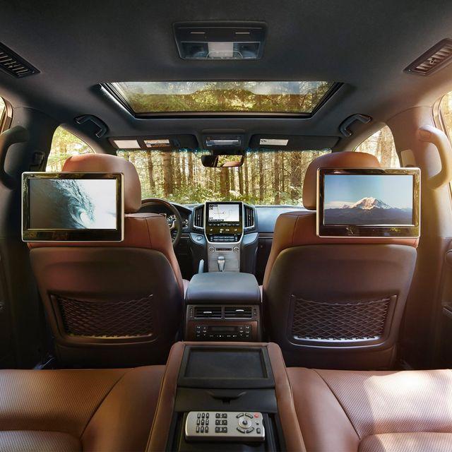 Family-Friendly-Car-Features-Gear-Patrol-Lead-Full