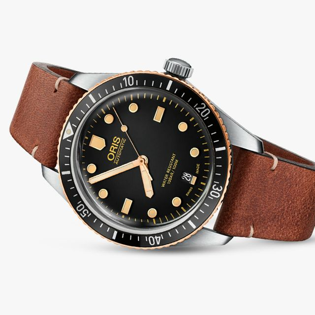 oris-diver-sixty-five-gear-patrol-full-lead