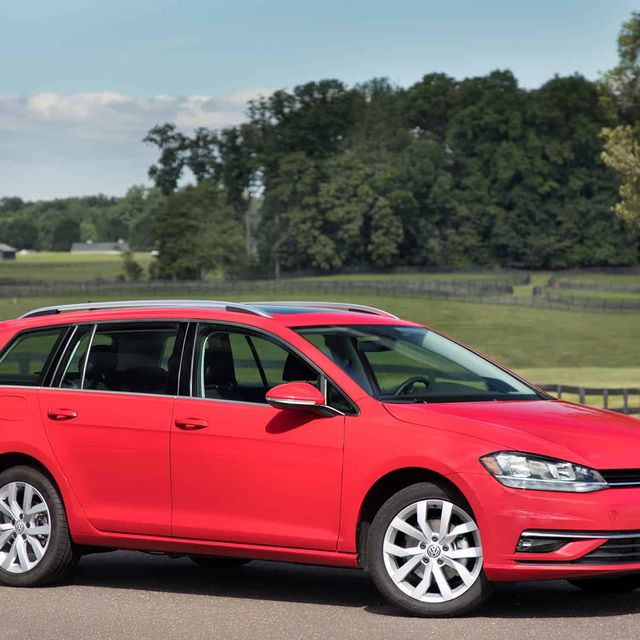 Volkswagen-Sportwagen-Review-gear-patrol-slide-1