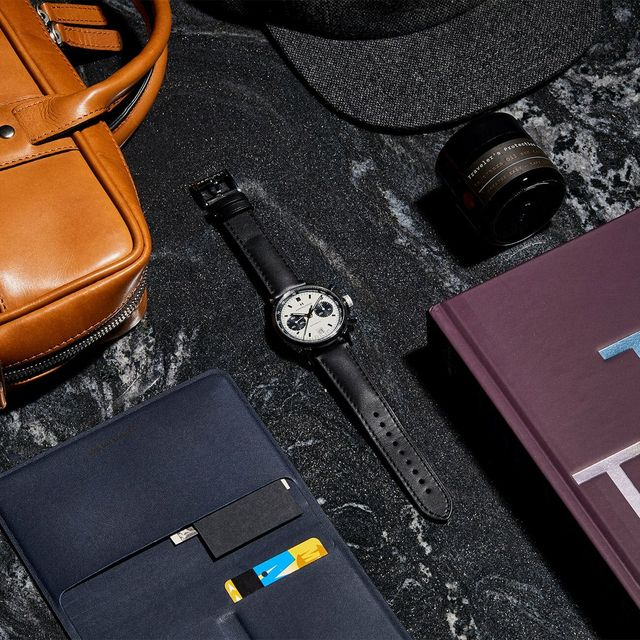 Best-Gifts-for-Business-Travelers-gear-patrol-full-lead