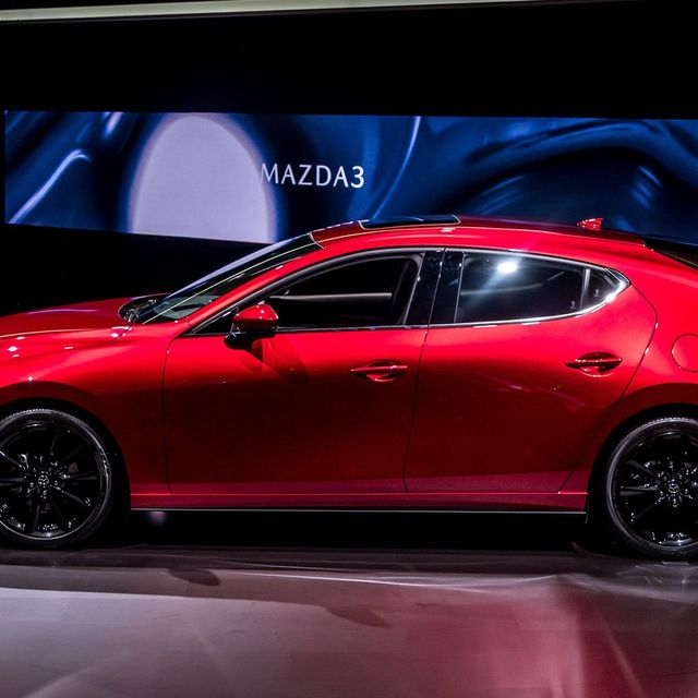 Top-10-LA-Auto-Show-Cars-gear-patrol-Mazda-3-slide-2