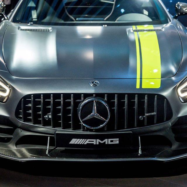Top-10-LA-Auto-Show-Cars-gear-patrol-lead-full