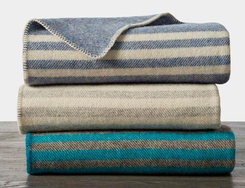Cozy-Wool-Blankets-Gear-Patrol-coyuchi