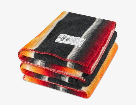 Cozy-Wool-Blankets-Gear-Patrol-woolrich