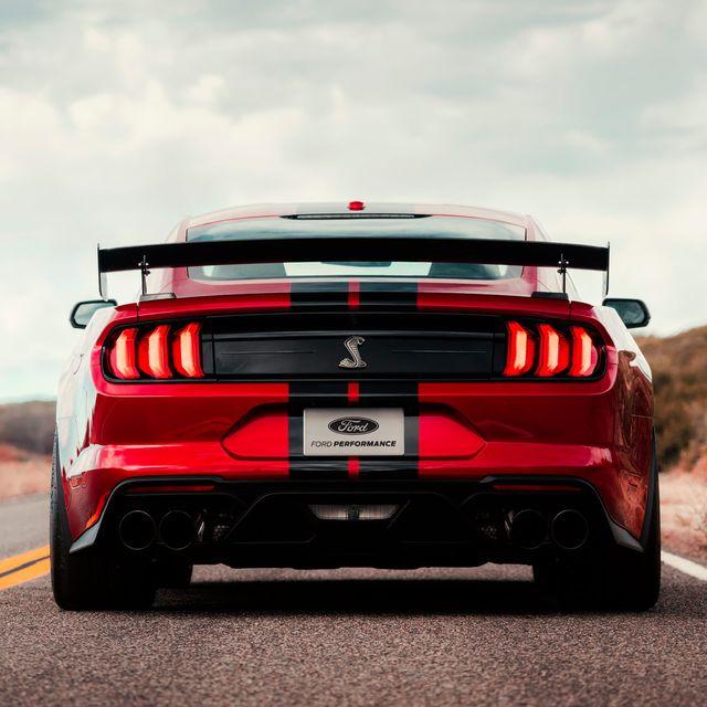 Mustang-GT500-Gear-Patrol-slide-3