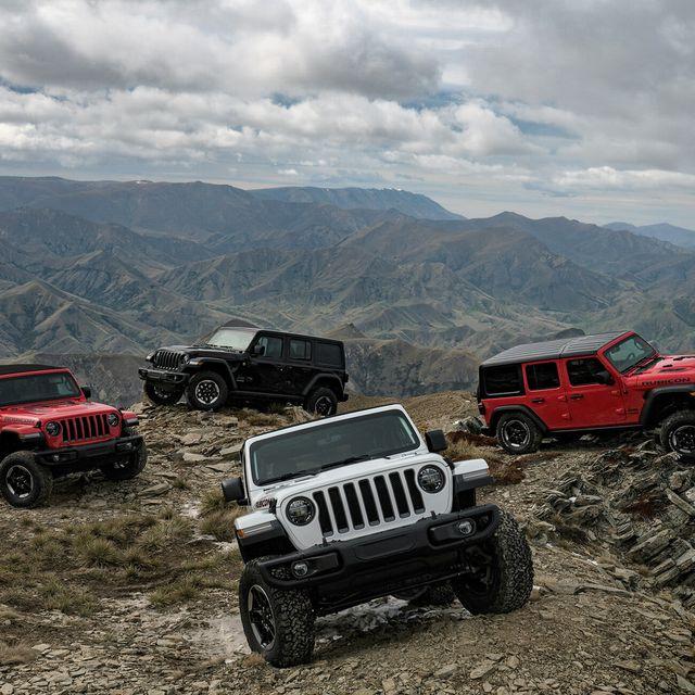 Jeep-Wrangler-KBB-gear-patrol-slide-1