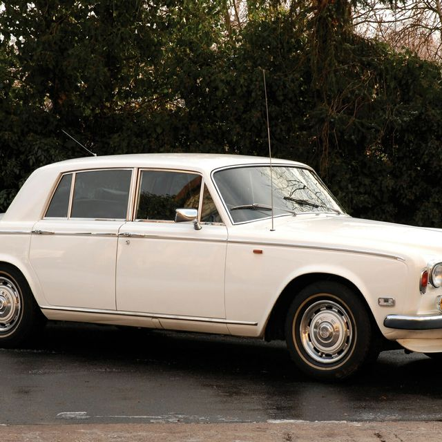 Now-Is-the-Time-to-Buy-a-Vintage-Rolls-Royce-Silver-Shadow-gear-patrol-lead-full