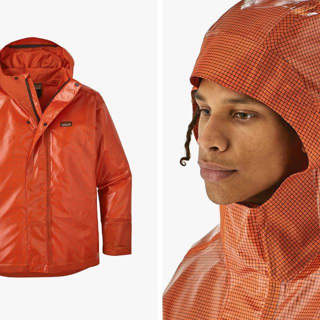 Patagonia-Hose-Down-Slicker-Jacket-gear-patrol-full-lead