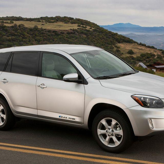 Toyota-Electric-Vehicles-gear-patrol-lead-full