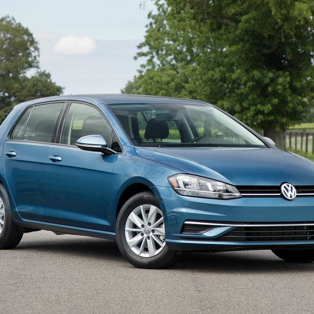 2020-Volkswagen-Golf-MK8-gear-patrol-lead-full