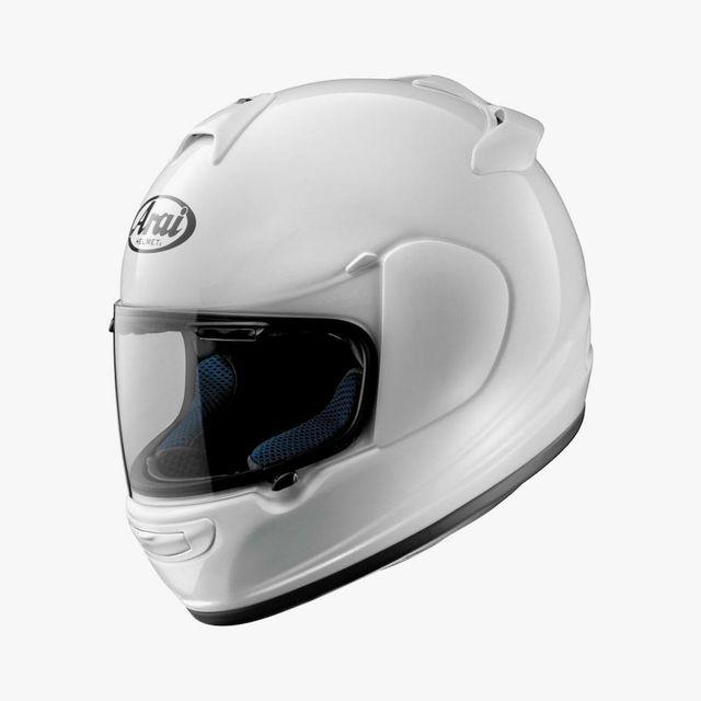 Arai-Vector-2-Helmet-Gear-Patrol-lead-full