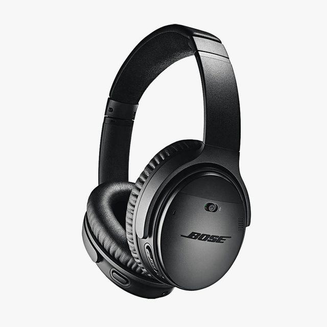 Bose-QuietComfort-35-Noise-Cancelling-Wireless-Headphones-gear-patrol-full-lead