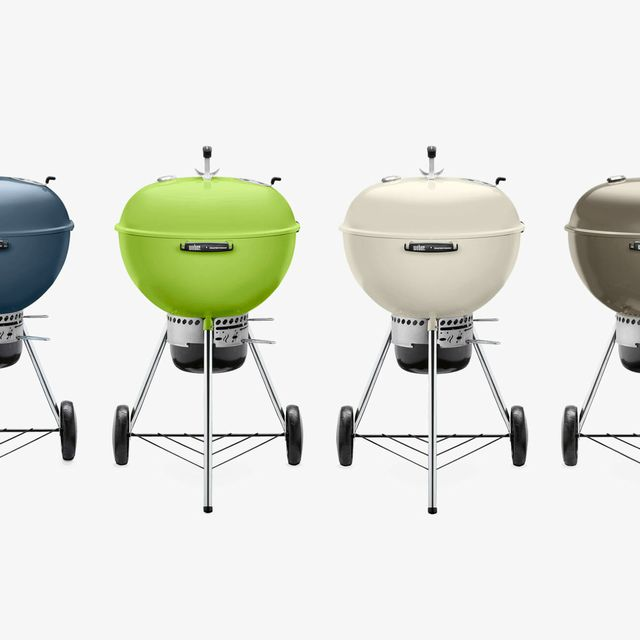 Weber-22-In-Master-Touch-Charcoal-Grill-gear-patrol-lead-full