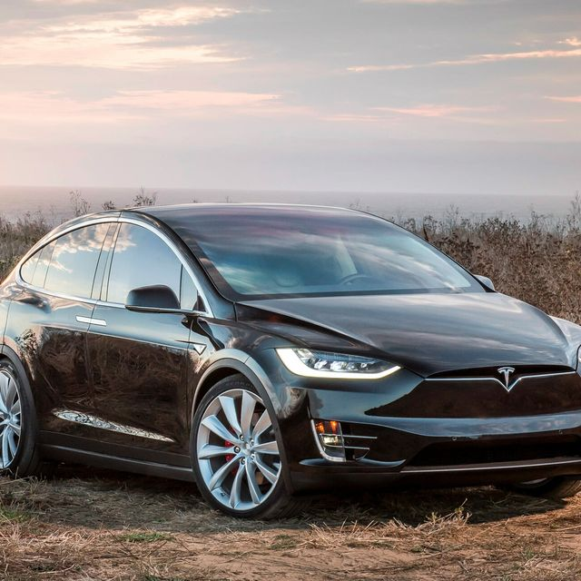 Complete-Electric-Car-Buying-Guide-gear-patrol-lead-full