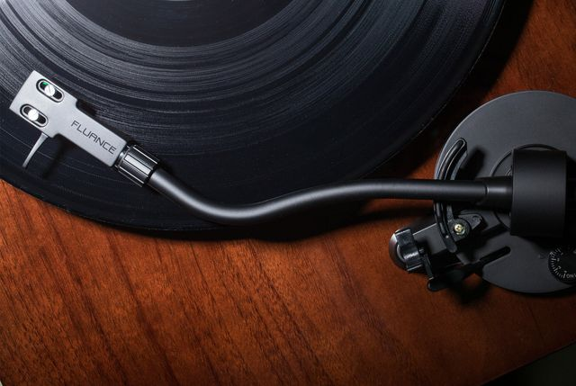should you buy an automatic turntable gear patrol lead full