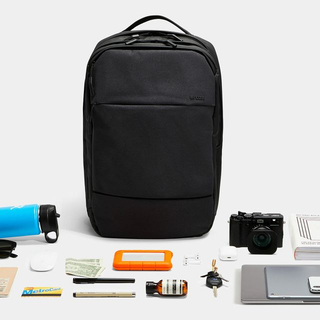 Sponsored-Product-Note-Incase-gear-patrol-lead-full