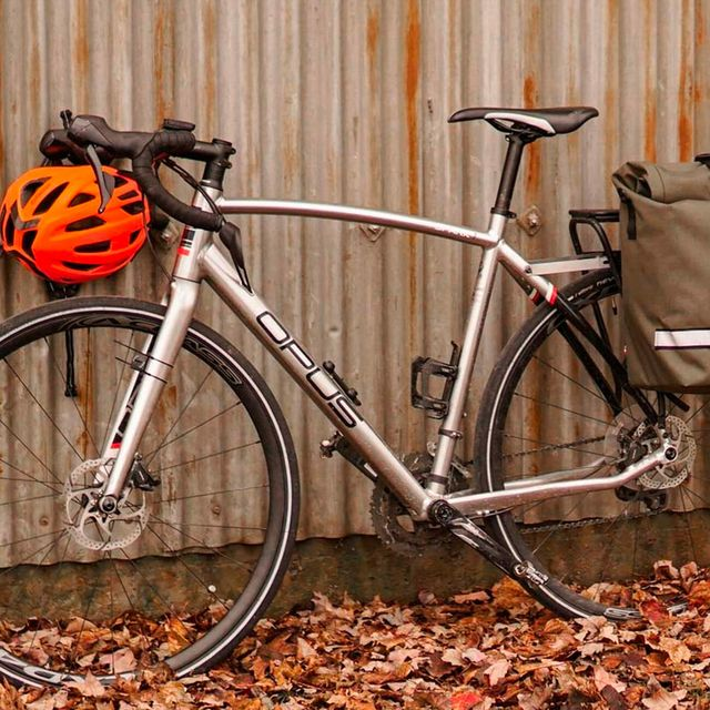 Best-Bike-Panniers-gear-patrol-lead-full