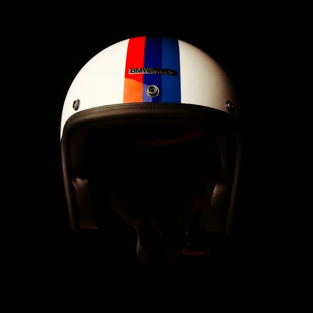 Hedon-BMW-Helmet-Gear-Patrol-lead-full