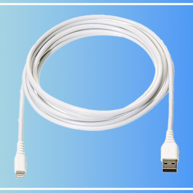 Prime-Day-Lightning-Cable-gear-patrol-full-lead