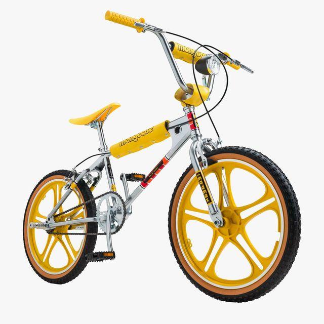 Stranger-Things-Bike-gear-patrol-full-lead