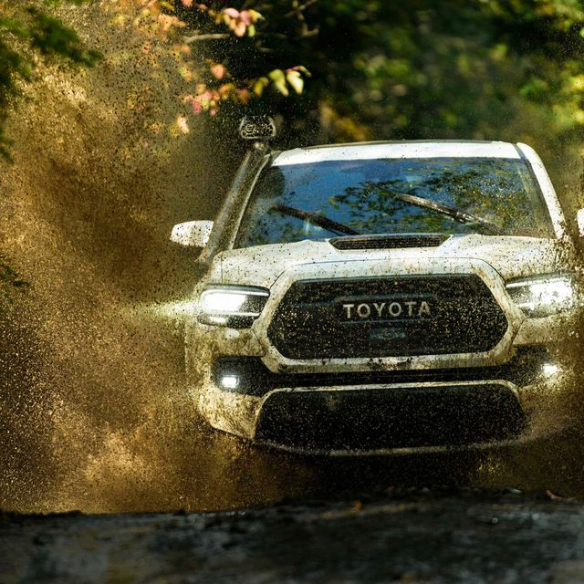 2020-Toyota-Tacoma-gear-patrol-lead-full