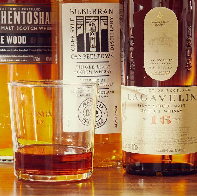 25 best scotch whiskeys gear patrol lead full