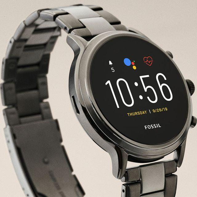 Fossil-Smartwatch-gear-patrol-lead-full