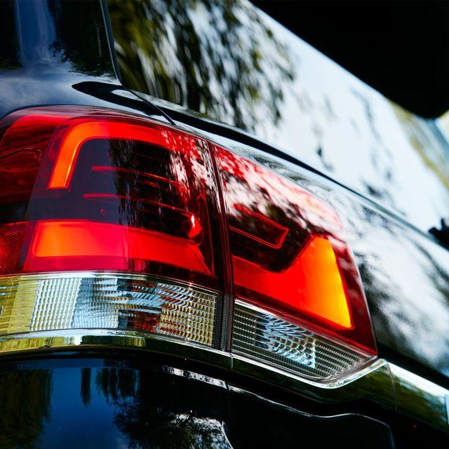 Toyota-Land-Cruiser-gear-patrol-lead-full