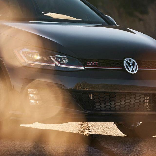 VW-GTI-gear-patrol-lead-full