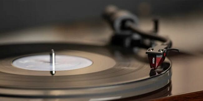 5 Affordable Turntables That Even Audiophiles Would Want