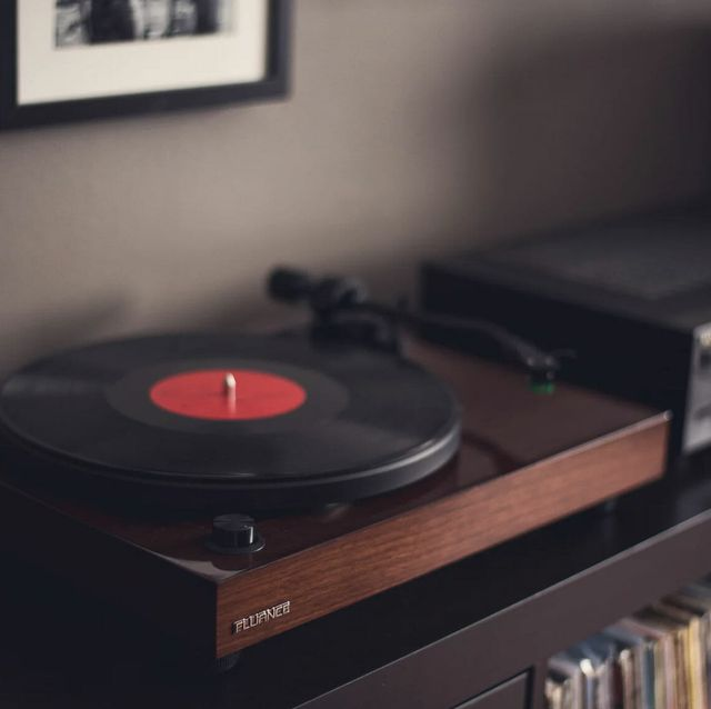 5 affordable turntables than even audiophiles would want gear patrol lead full