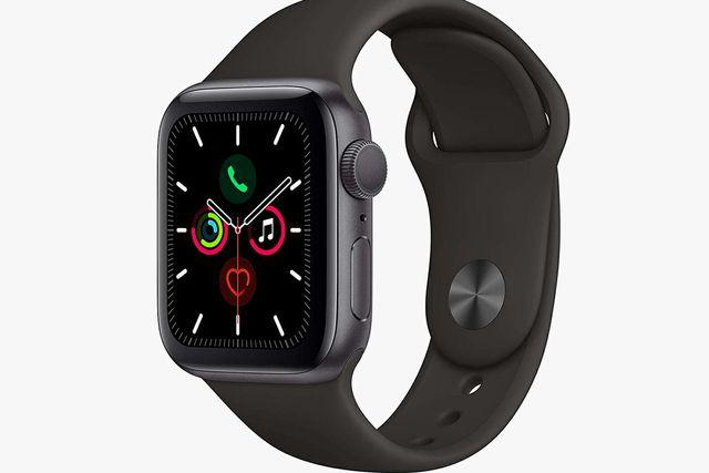 apple watch series 5 gear patrol full lead