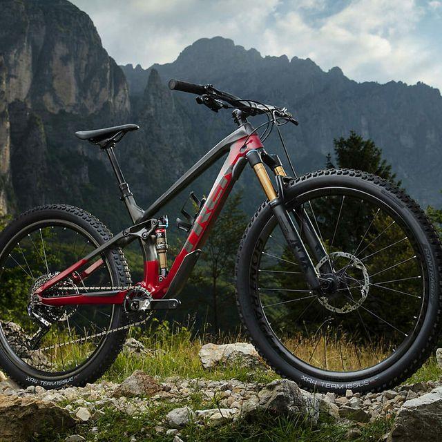 Fall-Mountain-Biking-Gear-gear-patrol-lead-full