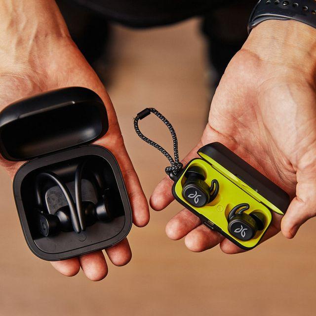Running-Headphones-Comparison-Gear-Patrol-Lead-Full