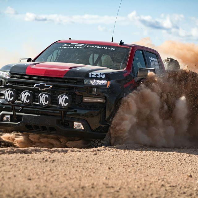 Silverado-Race-Truck-gear-patrol-full-lead