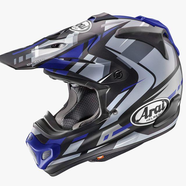 revzilla-helmet-gear-patrol-full-lead-01