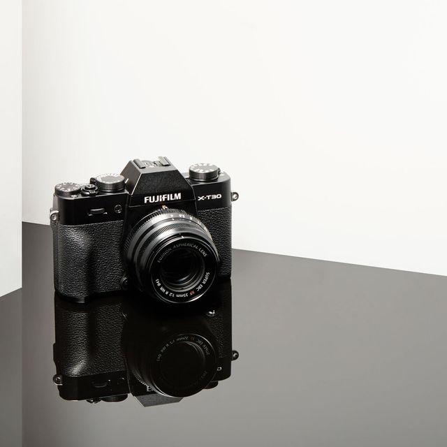 Fujifilm-X-T30-GP100-Gear-Patrol-Lead-Full