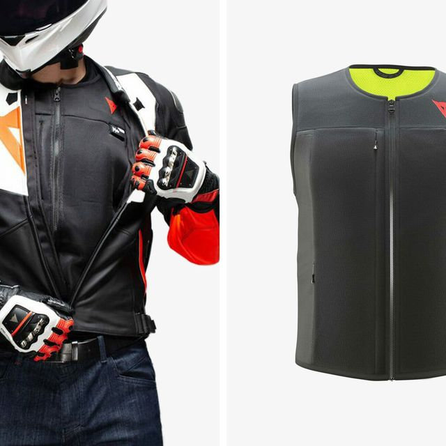 RevZilla-Dainese-Smart-Jacket-gear-patrol-lead-full