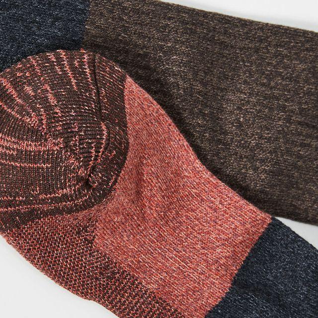 Socks-Deal-Gear-Patrol-Lead-Full