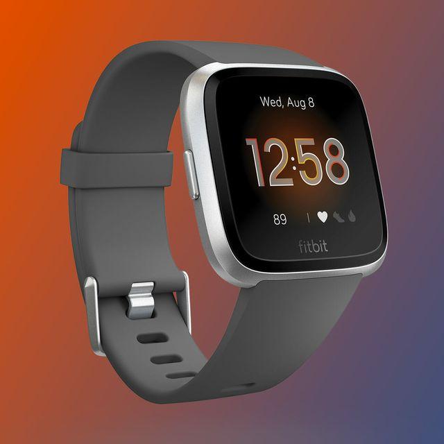 Sponsored-Product-Note-Fitbit-Versa-gear-patrol-lead-full