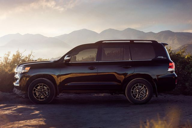 2020 toyota land cruiser heritage edition review gear patrol lead slide 2