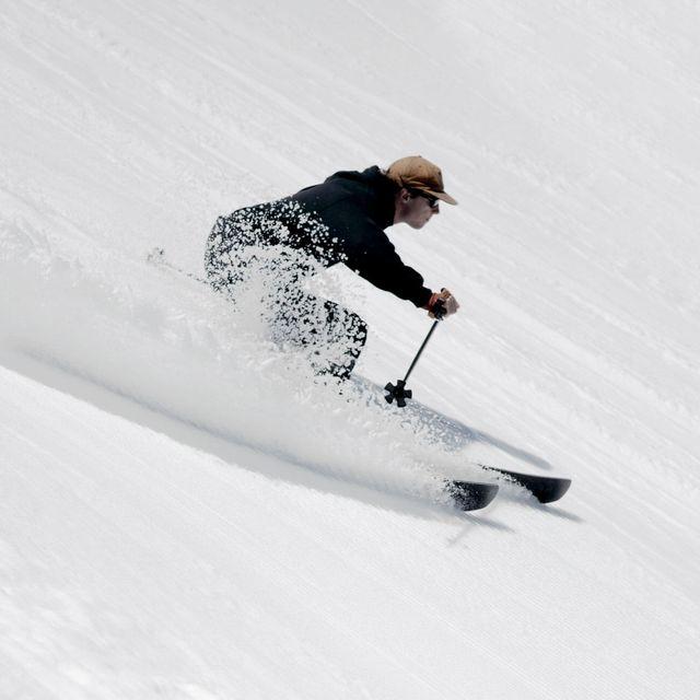 Skis-of-OR-Gear-Patrol-Lead-Full