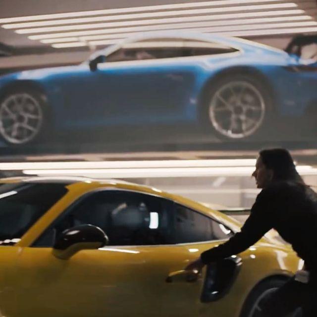 Super-Bowl-Porsche-gear-patrol-full-lead