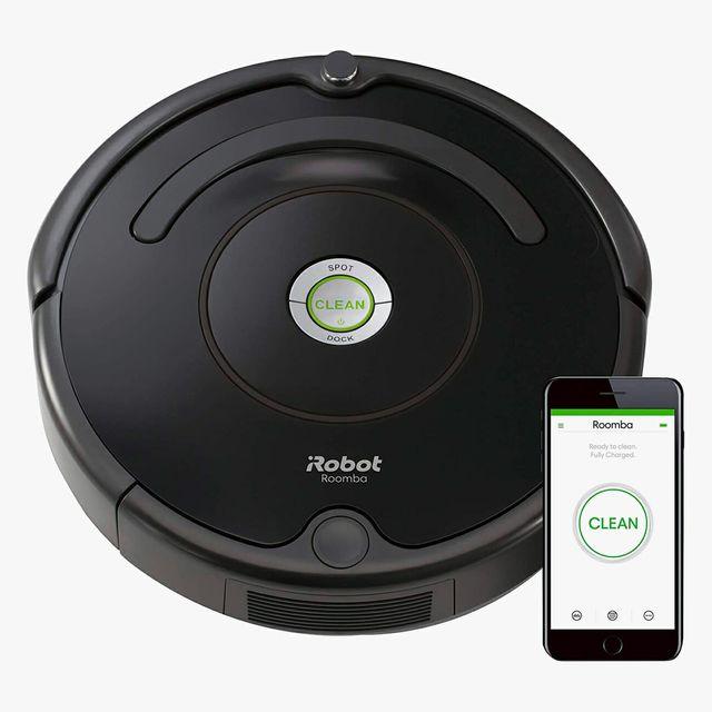 iRobot-Roomba-gear-patrol-full-lead