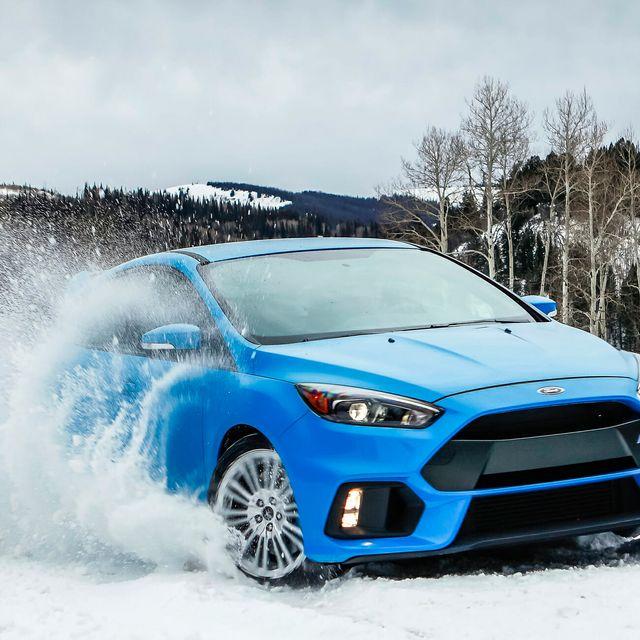 Ford-Focus-RS-gear-patrol-full-lead