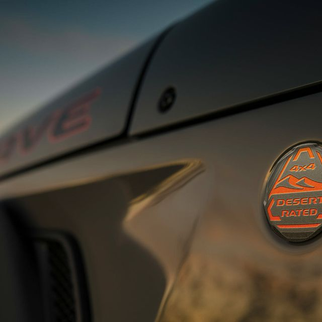 Jeep-Gladiator-Mojave-gear-patrol-lead-slide-6