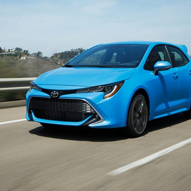 Toyota-Corolla-Hatch-gear-patrol-full-lead